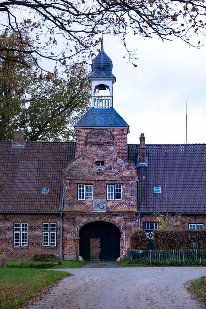 Das alte Torhaus von Gut Perdöhl.