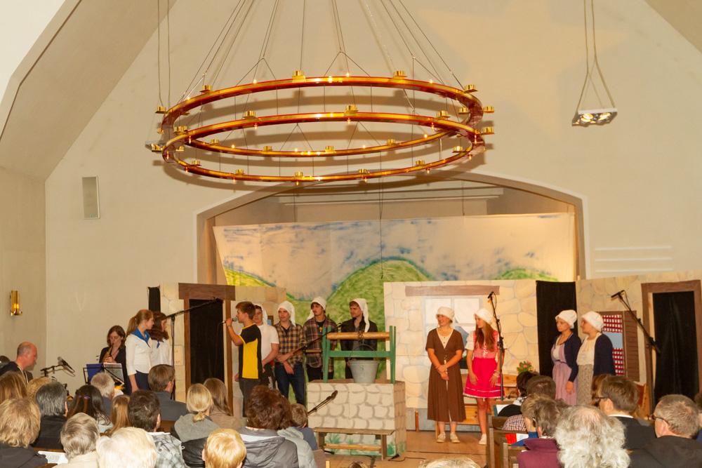 Theatergruppe Heilig-Geist-Kirche zu Bokhorst_Gemeinde Schillsdorf. Die Kindewr von Girouan.