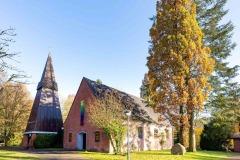 """""""So schön kann Kirche sein"""", lautet der Slogan der  Heilig-Geist_Kirche zu Bokhorst."""