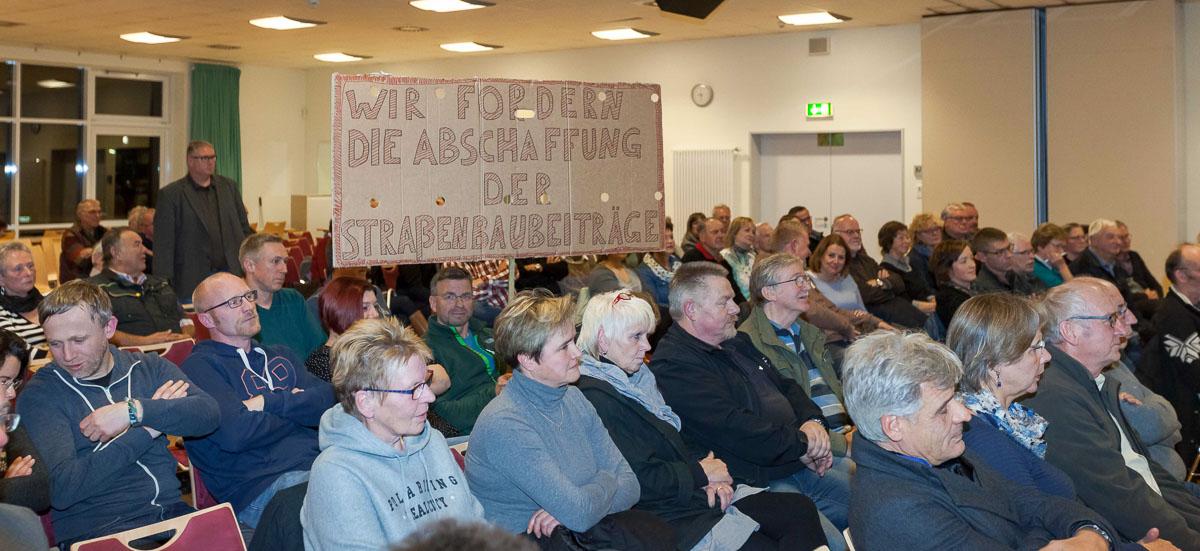 Bornhöveds Ortspolitiker haben das Thema Straßenausbaufinanzierung vertagt.