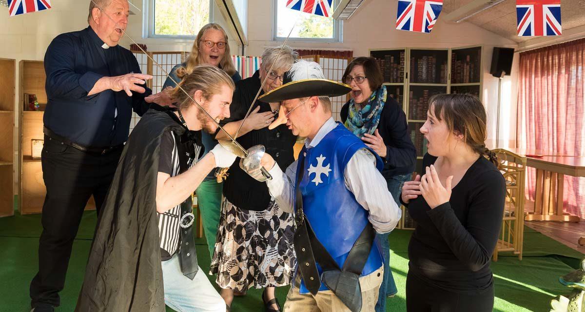Edgar Wallace lässt grüßen. Im Mai zieht mit dem neuen Stück der Kleinen Bühne Wankendorf-Stolpe Spannung ein ins Stolper Dorfgemeinschaftshaus.