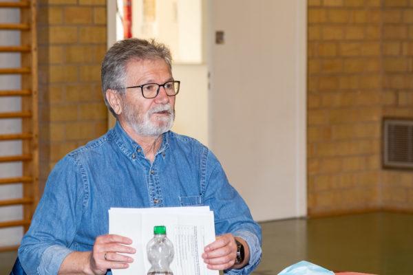 Für Bönebüttels erst kürzlich gewählten Bürgermeister Ernst Gawlich war es ein krönender Abschluss seiner langjährigen Arbeit als Vorsitzender des Kindergarten-, Schul-, Sozial- und Sportausschusses. In seiner letzten Sitzung als Ausschussvorsitzender wurden die Grundsteine für eine Kinder- und Jugendfeuerwehr und einen möglichen Naturkindergarten gelegt.
